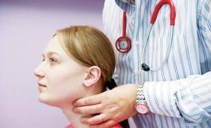 Диагностировали кисту на щитовидной железе - опасно ли это?