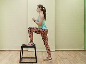 Изображение - Упражнения при кисте бейкера коленного сустава uprazhneniya-so-stulom11-300x223