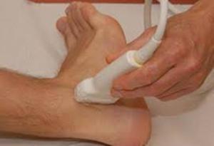 Изображение - Киста голеностопного сустава лечение uzi-golenostopnogo-sustava-300x205